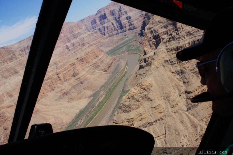 Helicopter ride in grand canyon